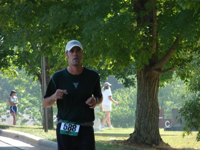 Kenneth Todd, carcinoid cancer survivor, runs marathons with one lung!